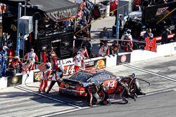 Pit stop Brian Vickers, Stewart-Haas Racing Chevrolet