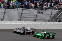 #70 Mazda Motorsports Mazda DPi: Joel Miller, Tom Long, James Hinchcliffe; #2 Tequila Patrón ESM Nis