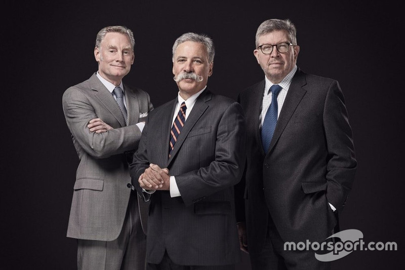 Sean Bratches, Direktur Komersial; Chase Carey, Chairman dan CEO; Ross Brawn, Direktur Olahraga, Formula 1.
