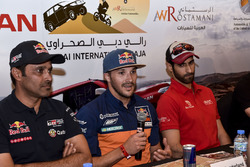 Nasser Al-Attiyah, Sam Sunderland y Khalid Al Qassimi