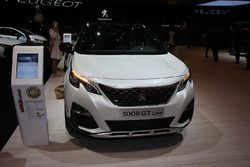 Peugeot 3007 Car of the year 2017