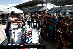 Felipe Massa, Williams, shows off the special livery applied to the car for his final home race of h