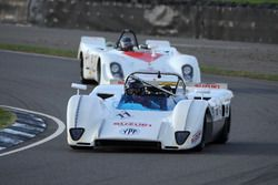 Демонстрационные заезды Three Litre Sports: Ален де Кадене, McLaren M8
