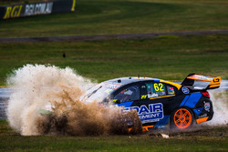 Alex Rullo, Lucas Dumbrell Motorsport Holden runs out