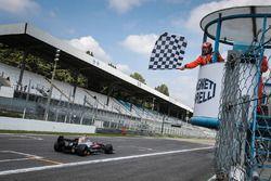 Tercer lugar Yu Kanamaru, RP Motorsport
