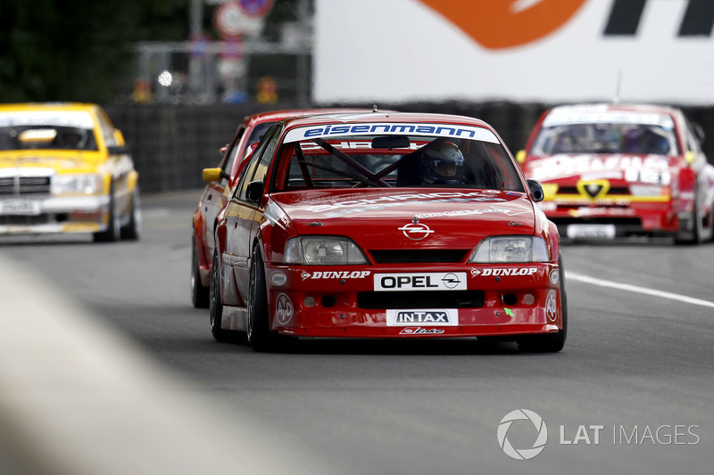 Фолькер Штрицек, Opel Omega Evo 500