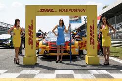 DHL Grid girls
