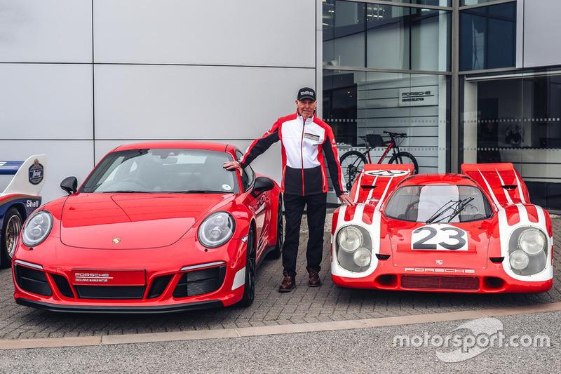 Richard Attwood, Porsche 911 Carrera GTS 4 British Legends Edition