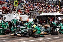 Arrêt au stand de J.R. Hildebrand, Ed Carpenter Racing Chevrolet