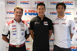 Lucio Cecchinello, LCR Honda Team Principal, Takaaki Nakagami, Tetsuhiro Kuwatam, HCR Director