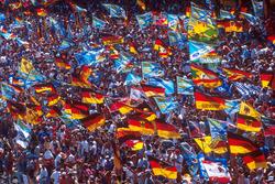 Fans komen op voor hun held Michael Schumacher