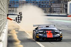 Race winners #7 GDL Racing: Rik Breukers, Axcil Jefferies