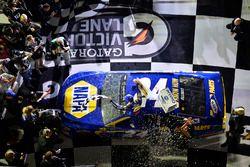 Chase Elliott, Hendrick Motorsports Chevrolet, Wins the 1st Can-Am Duel