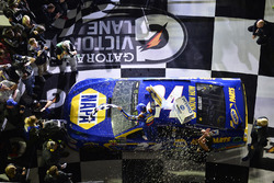 Chase Elliott, Hendrick Motorsports Chevrolet, Wins the 1st Can-Am Duel