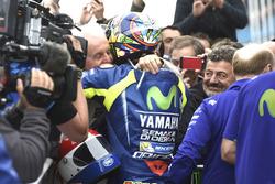Race winner Valentino Rossi, Yamaha Factory Racing with Will Hartog