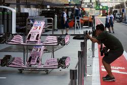 Фотограф и носовые обтекатели Sahara Force India F1 VJM10