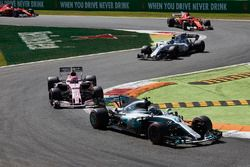 Valtteri Bottas, Mercedes AMG F1 W08, Esteban Ocon, Sahara Force India F1 VJM10, Lance Stroll, Willi