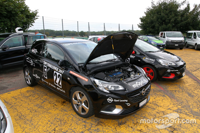 Rolf Tremp, Opel Astra OPC, Auto Bollhalder, e Reto Sieber, Opel Astra OPC, Auto Bollhalder