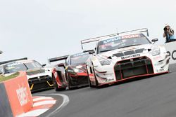 #38 Wall Racing, Nissan GT-R: Daniel Bilski, Adrian Flack, Chris Pither