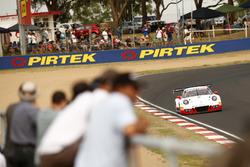 #912 Walkinshaw GT3, Porsche 911 GT3 R: Liam Talbot, John Martin, Davashen Padayachee