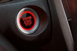 Honda Civic: Startknopf