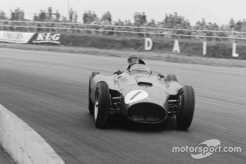 1956年:ファン-マヌエル・ファンジオ(ランチア-フェラーリ)