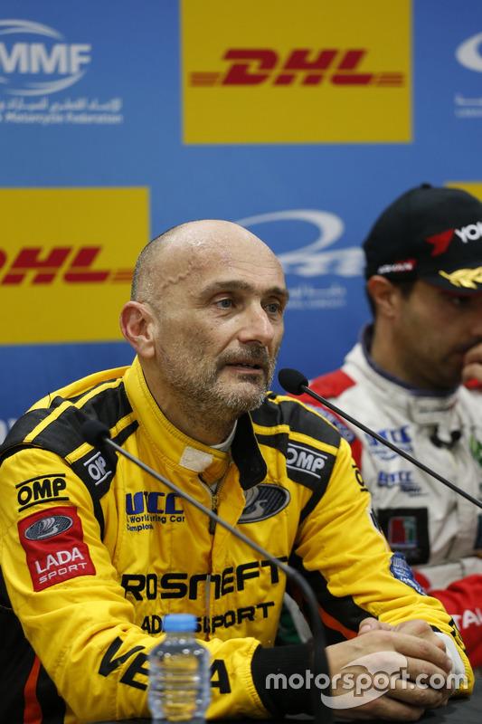 Basın Toplantısı: Gabriele Tarquini, LADA Sport Rosneft, Lada Vesta