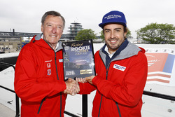 Fernando Alonso, Andretti Autosport Honda, with former McLaren Indy 500 winner Johnny Rutherford