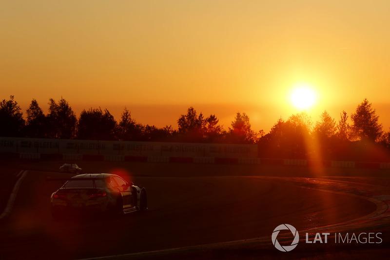 №100 Walkenhorst Motorsport, BMW M6 GT3