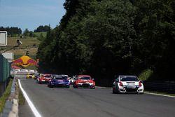 Roberto Colciago, M1RA, Honda Civic TCR líder