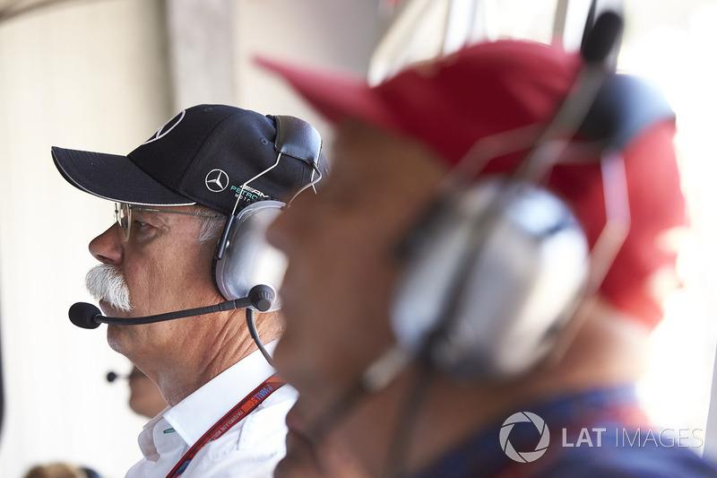 Dr Dieter Zetsche, CEO, Mercedes Benz, Niki Lauda, Presidente Non Esecutivo Mercedes AMG F1