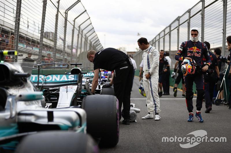 Felipe Massa, Williams, y Max Verstappen, Red Bull