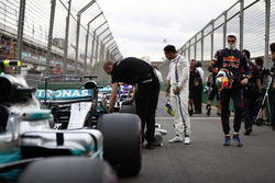 Felipe Massa, Williams, and Max Verstappen, Red Bull, in Parc Ferme, after qualifying