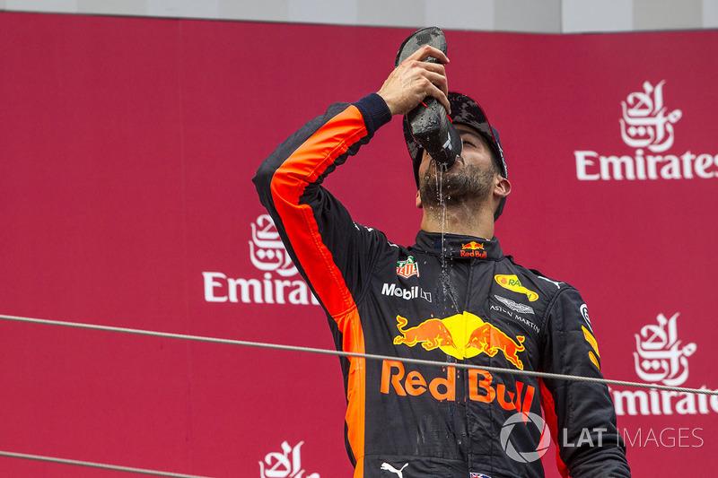 Podium: third place Daniel Ricciardo, Red Bull Racing celebrates with a shoey