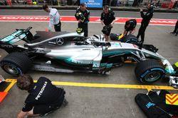 Valtteri Bottas, Mercedes AMG F1 W08, vor der Box