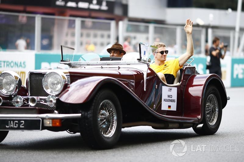 Nico Hulkenberg, Renault Sport F1 Team, saat parade pembalap