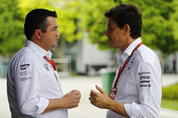 Eric Boullier, Racing Director, McLaren, talks to Toto Wolff, Executive Director Mercedes AMG F1