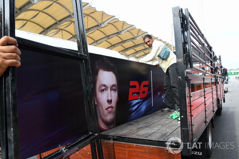 Cartel de Daniil Kvyat, Scuderia Toro Rosso