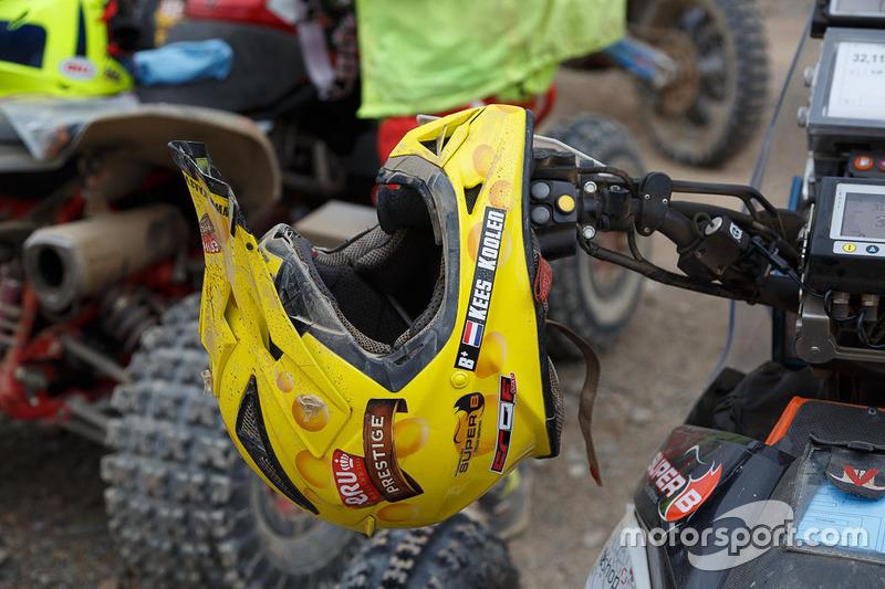 #267 Barren Racer: Kees Koolen casco