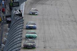 Курт Буш, Stewart-Haas Racing Ford, Джеффри Эрнхардт, The Motorsports Group Chevrolet и Чейс Эллиотт