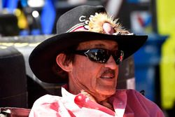 Richard Petty, Aric Almirola, Richard Petty Motorsports Ford