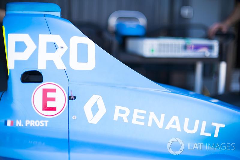 Renault e.Dams bodywork