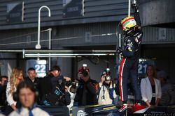 Filipe Albuquerque, United Autosports, celebra la victoria