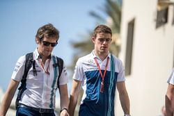 Rob Smedley, Williams Head of Vehicle Performance and Paul di Resta, Sky TV
