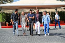 Mark Webber, Susie Wolff, Steve Jones, C4 F1, David Coulthard, Channel Four TV Commentator and Eddie Jordan, Channel 4 F1 TV