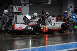 Экипаж №1 команды Porsche Team, Porsche 919 Hybrid: Андре Лоттерер, Ник Тэнди, Нил Джани
