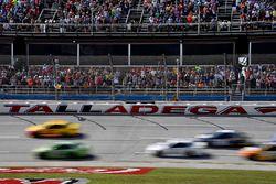 Dale Earnhardt Jr., Hendrick Motorsports Chevrolet, Chase Elliott, Hendrick Motorsports Chevrolet, J