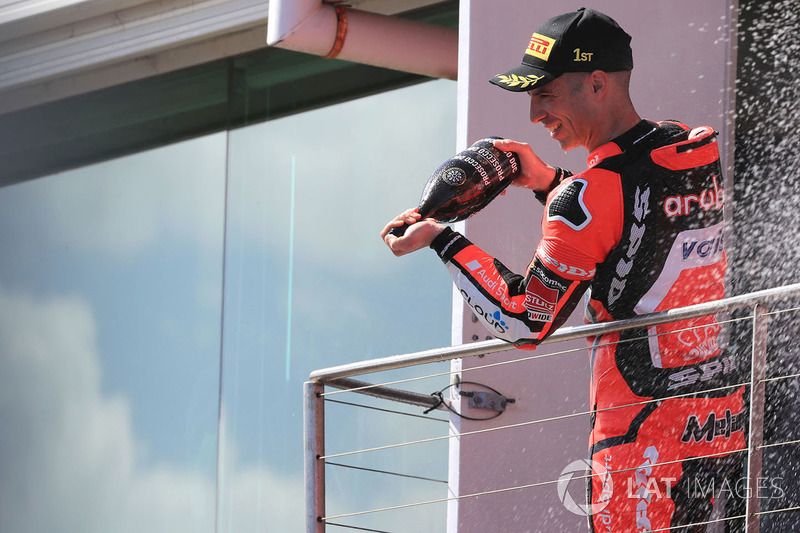 Podium: Ganador, Marco Melandri, Aruba.it Racing-Ducati SBK Team