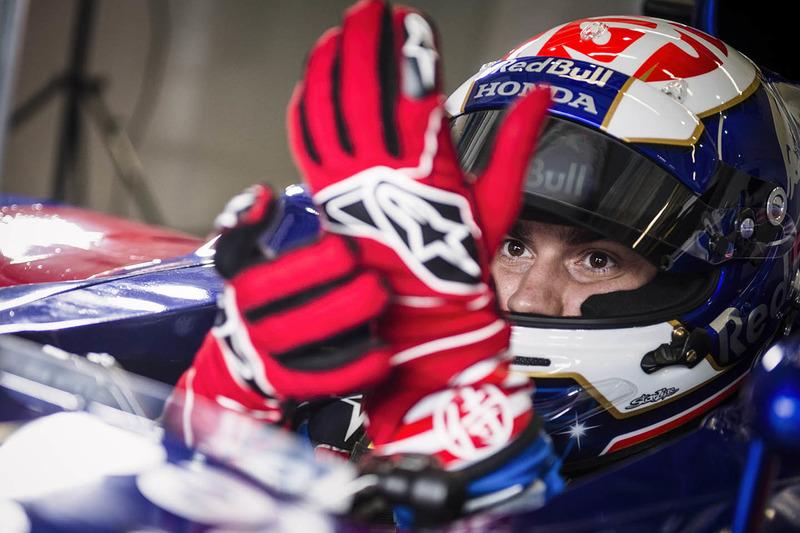 Dani Pedrosa test een Toro Rosso