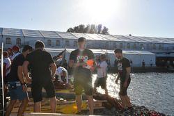 Raft race